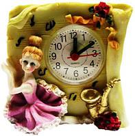 Часы с девочкой, будильник 100х100х50