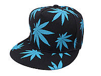 Черная кепка с синими листьями конопли