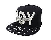 Cветящаяся черная кепка  BOY