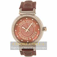 Наручные женские часы Швейцарские Louis Vuitton Trunks and Bags silver broun