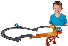 Fisher-Price Thomas The Train Приключения на разрушенном мосту TrackMaster Breakaway Bridge