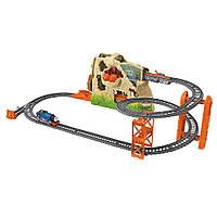 Fisher-Price TrackMaster Томас и его друзья Путешествие через вулкан Thomas Volcano Drop Set