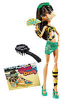 Monster High Клео Де Нил мрачный пляж Перевыпуск Gloom Beach Cleo De Nile Doll