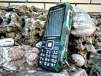 Land Rover T8  Противоударный телефон с суппер усиленной батареей (АКБ 10800 мАч) ХАКИ, фото 1