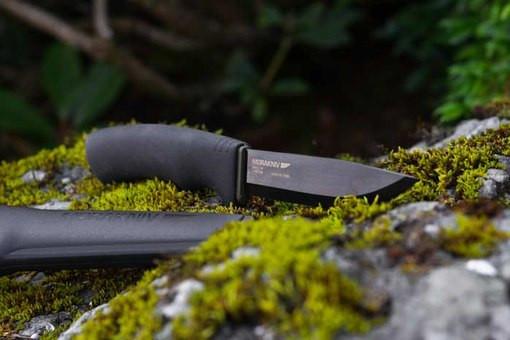 Нож из углеродистой стали Mora BushCraft BLACK PINPAC 10791