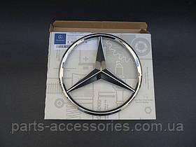 Эмблема значок в решетку радиатора Mercedes CLS W218 2011-16 новый оригинал