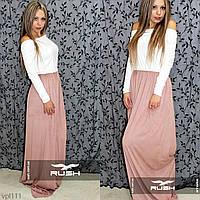 Комбинированное вечернее платье в пол c вырезом на спине