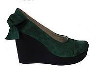 Туфли на платформе зеленая замша