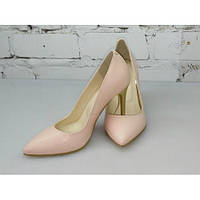 Бежевые туфли из натуральной кожи (цвет пале)