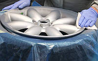 Яку фарбу для автомобільних дисків вибрати?
