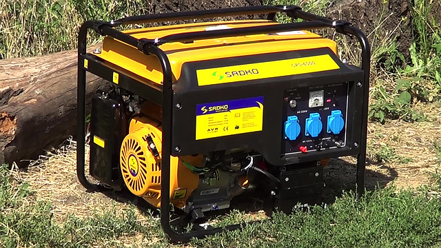 Sadko GPS-6500E (5,5 кВт), бензиновый генератор фото