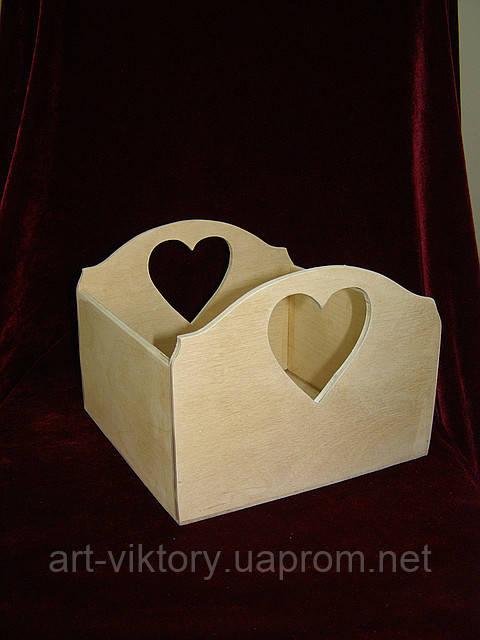 Короб с сердечками (19,5 х 19,5 х 15 см)