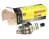 Свеча зажигания Bosch для бензопил и бензокос