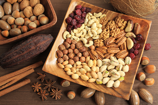 Фисташки, кешью, грецкие орехи, сухофрукты