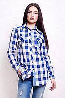 Длинная женская клетчатая рубашка свободного кроя цвета электрик с джинсовой отделкой