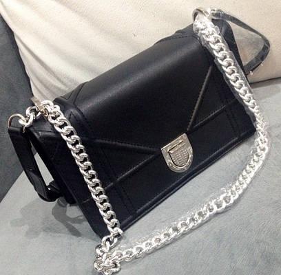 Женская сумочка на цепочке Сhistian Dior  продажа, цена в Одессе. от ... 5b8a73a018f