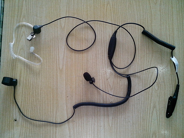 Гарнитура скрытого ношения для радиостанций Motorola GP-series (GP-340, 380)