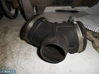 Патрубок (трубка, гофра, шланг) гофрированный воздухоочистителя от расходомера воздуха на дроссельную заслонку (дроссель) OPEL OMEGA-B 20SE X20SE