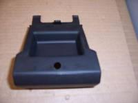 Заглушка правой накладки порога (под домкрат) передняя OPEL ASTRA-G 90560862 General Motors 90560862