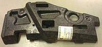 Буфер (демпфер , пенопласт , шумоизолятор) переднего бампера правый (справа , правая сторона под правой фарой) GM 1406049 24460292 OPEL Astra-H 5 door
