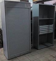 Шкаф инструментальный для оснастки и оборудования с ролетой.