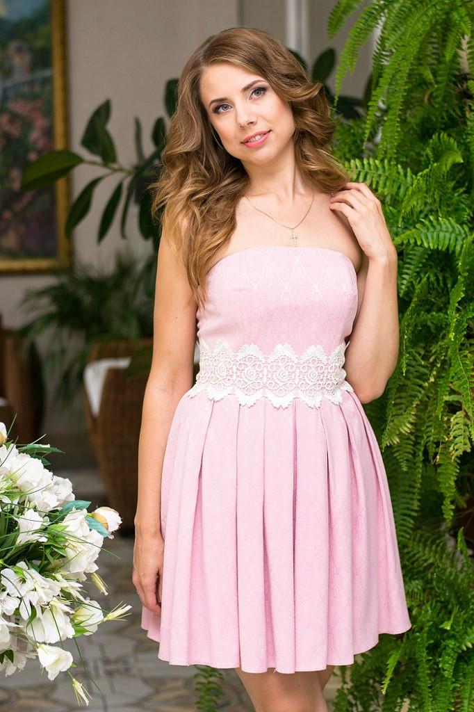 ad34e4ff033 Платье женское с пышной юбкой на выпускной - Розовый