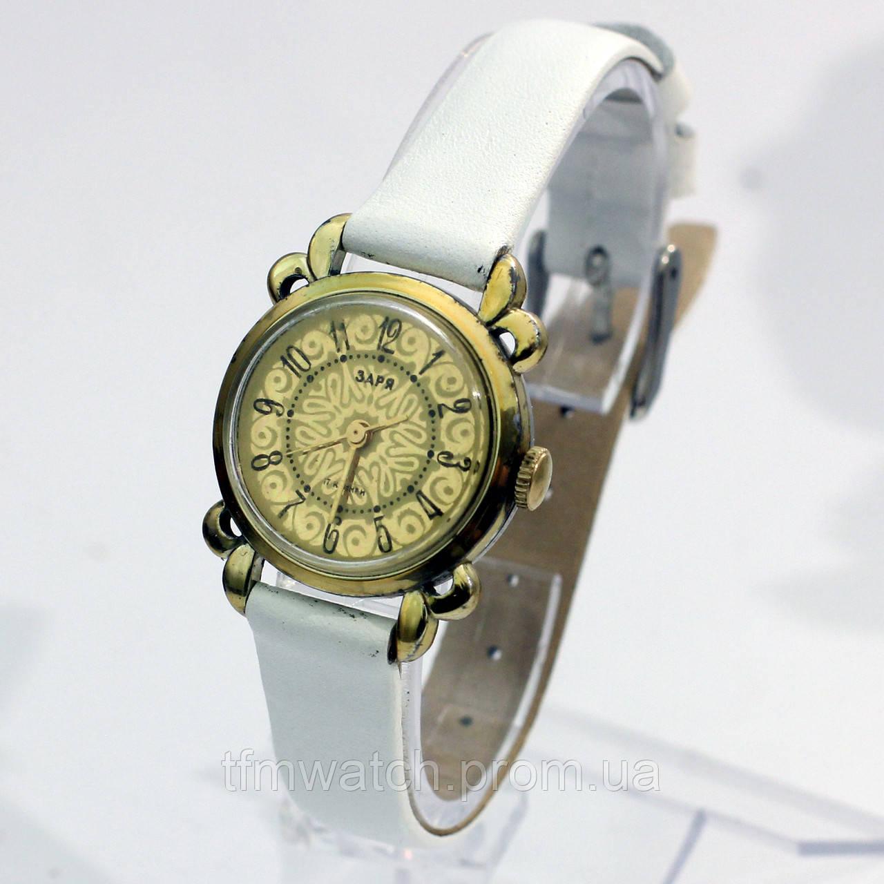 Женские механические часы Заря