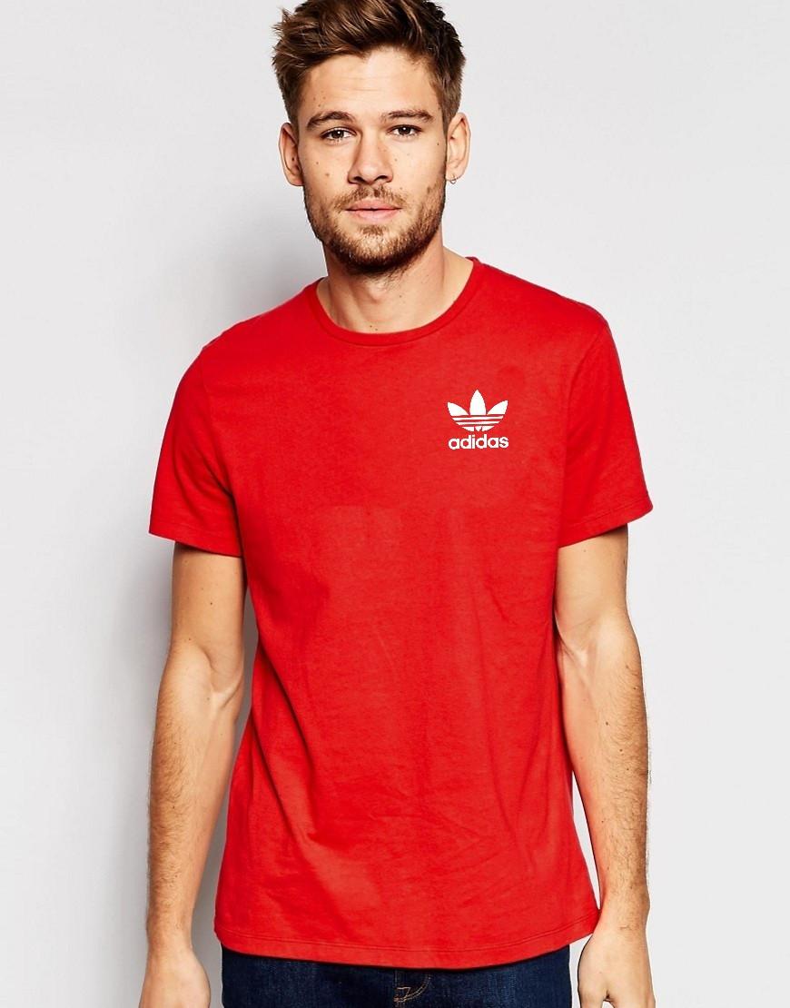 Мужская футболка Adidas (с маленьким принтом)