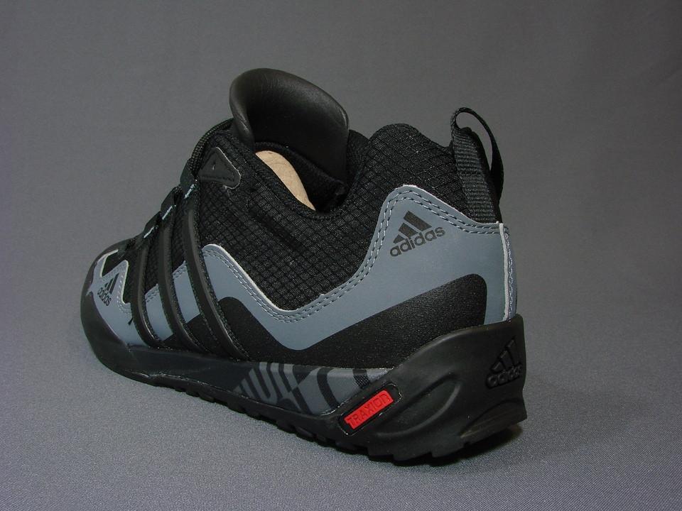 Чоловіче взуття ADIDAS TERREX SOLO   продажа a6c78af4bb271