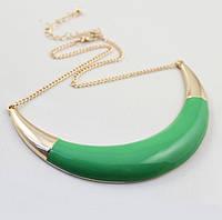 Колье с зеленой пластиной золотистое, фото 1