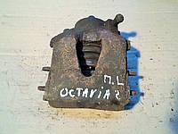 Суппорт передний левый для Шкоды Октавия / Skoda Octavia 1.6I 2002 г.в.