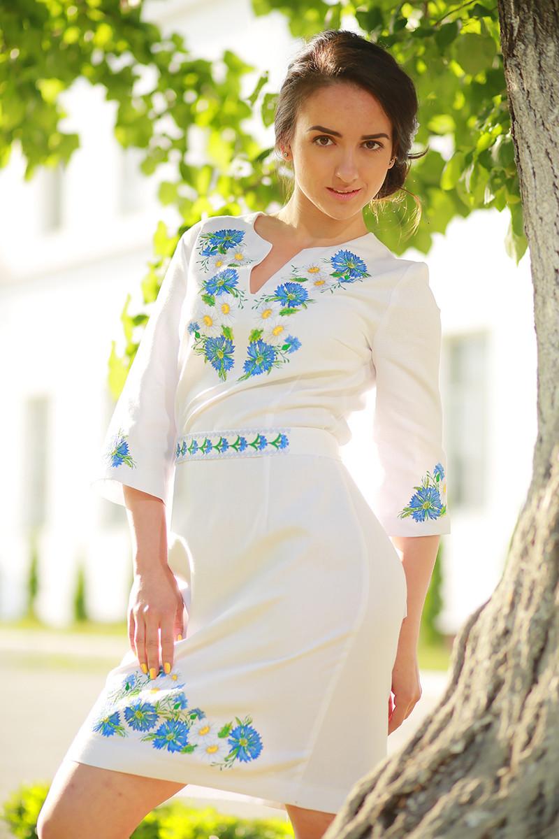 Женское платье-вышиванка «Васильковые мечты» купить недорого в ... 77f7a91f6ee13