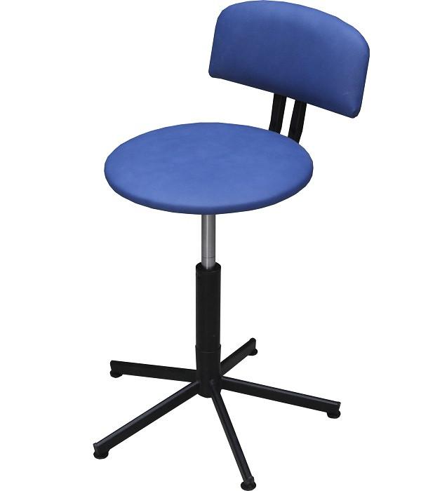 Комплектация рабочих мест удобными стульями собственной разработки