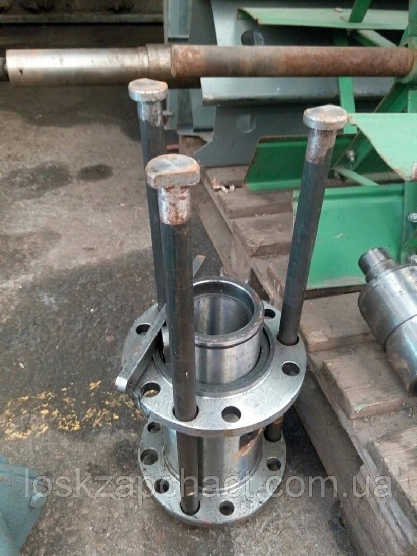 Болт ДОН стяжной (ступицы 420) ведущего шкива вариатора