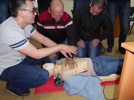"""Учебный центр """"Новатор"""" (г. Харьков) регулярно проводит обучение навыкам оказания первой медицинской помощи с использованием робота-тренажера... 1"""