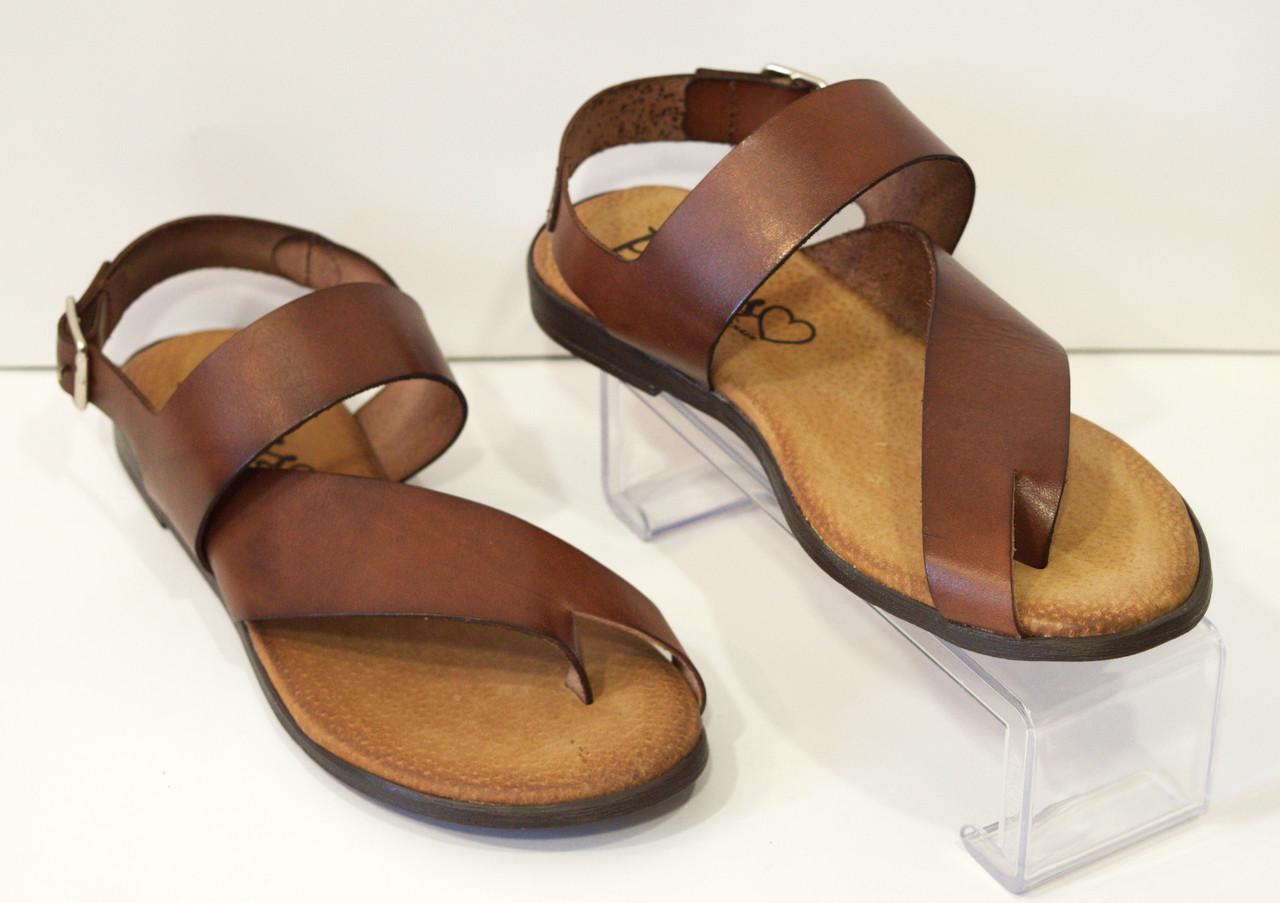 Босоножки женские без каблука Presso 2246
