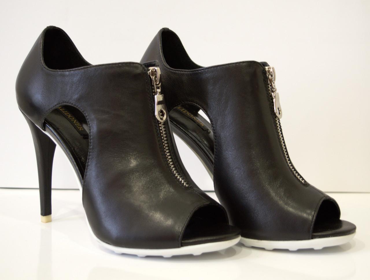 Босоножки женские черные на каблуке Balidoner 005-2