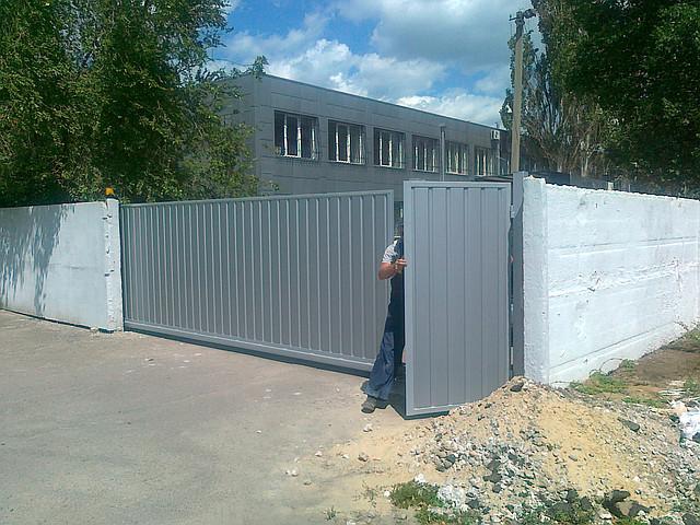 Ворота откатные из профлиста