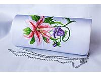 Модный женский вышитый клатч с цветчным орнаментом на кнопке «Лилея»