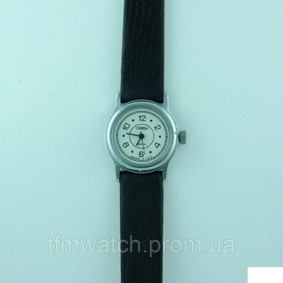 Женские  часы СССР Слава кварц