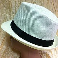 Шляпа белая и молочная с маленькими полями мужского типа