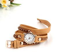 Модные с заклепками женские часы кожзам светло-коричневый,  часы женские интернет магазин купить