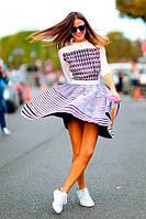 Кроссовки и юбка – это ультрамодно!
