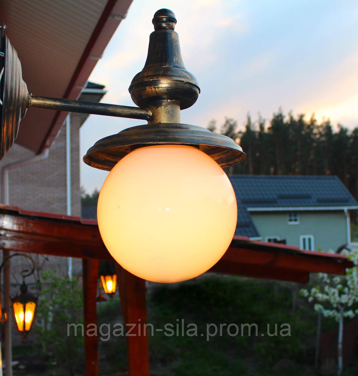 Уличный светильник Berry-3