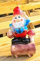 Фигура садовая Гном на пне
