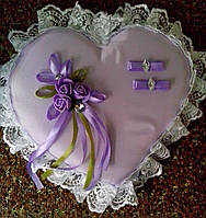 "Свадебная подушка под кольца ""Сиреневое сердце"""