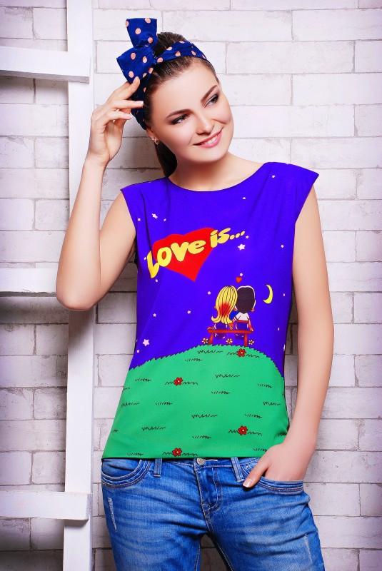Стильные женские футболки
