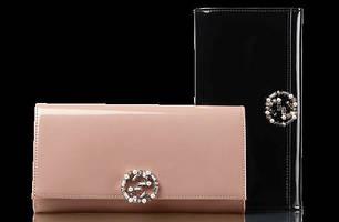 Жіночі шкіряні гаманці