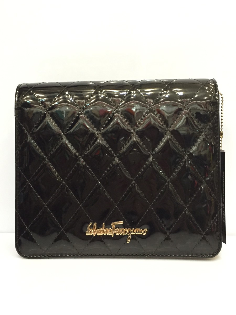 39d3458ffb92 Женская сумка клатч Salvatore Ferragamo 1044 стеганый лаковый планшет -  Shoppingood в Харькове