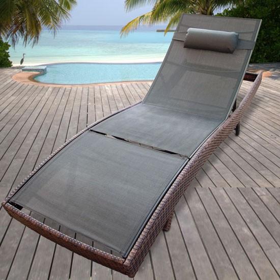 Стильный лежак из техноротанга